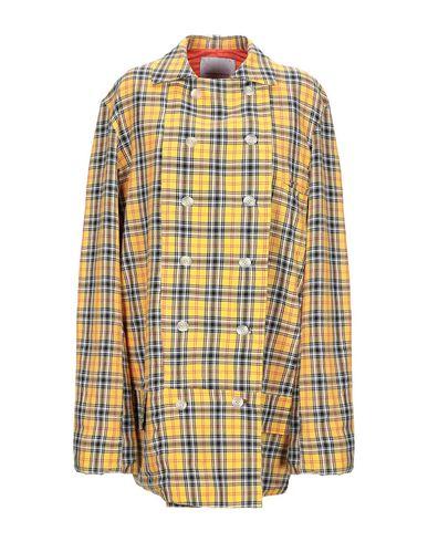 Фото - Легкое пальто от CAPLANENTWISLE желтого цвета