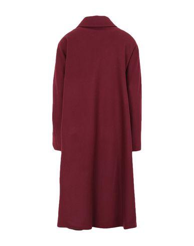Фото 2 - Женское пальто или плащ GUTTHA красно-коричневого цвета