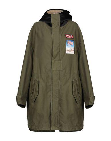 Купить Женское пальто или плащ  цвет зеленый-милитари