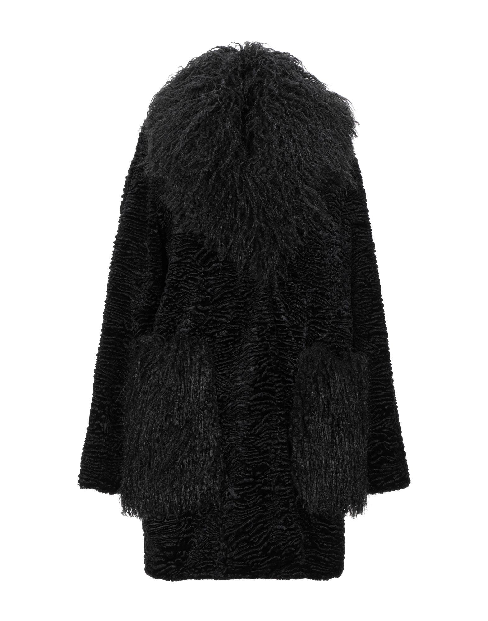 купить CARLA G. Пальто по цене 19500 рублей