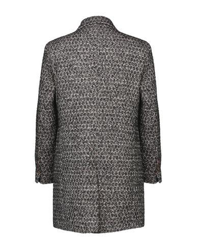 Фото 2 - Мужское пальто или плащ NEILL KATTER черного цвета