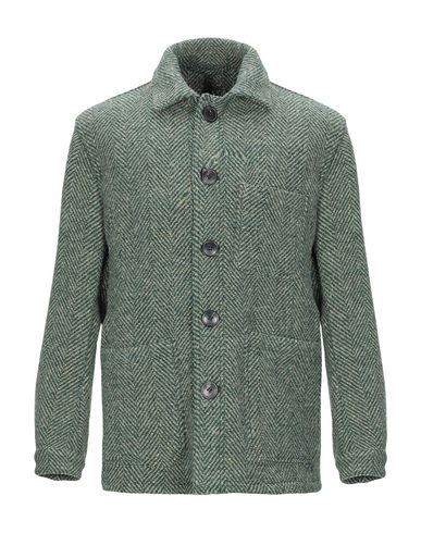 Купить Мужскую куртку  зеленого цвета