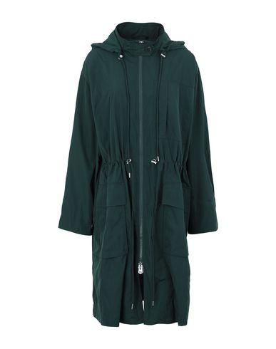 Фото - Легкое пальто зеленого цвета