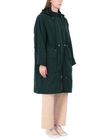 Фото 2 - Легкое пальто зеленого цвета