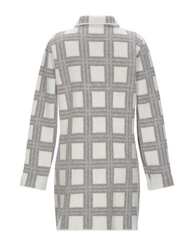 Фото 2 - Женское пальто или плащ ALBARENA светло-серого цвета