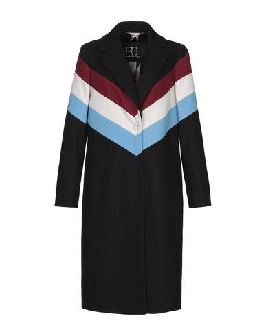 Купить Женское пальто или плащ BDL STREET черного цвета