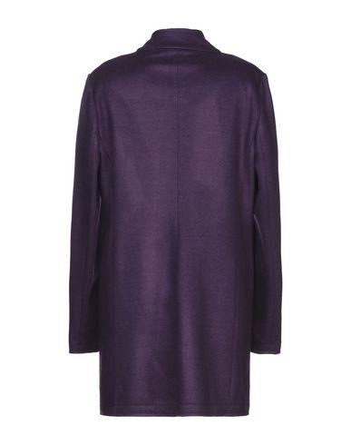 Фото 2 - Женское пальто или плащ OPTIONS фиолетового цвета