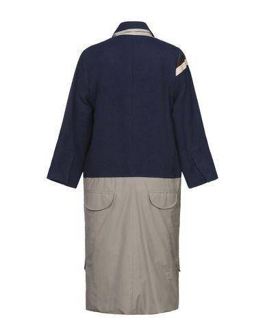 Фото 2 - Женское пальто или плащ W ATE R темно-синего цвета