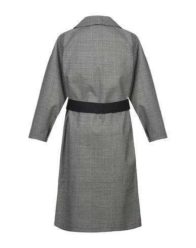 Фото 2 - Легкое пальто от MACKINTOSH черного цвета