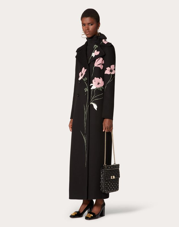 Embroidered Compact Drap Coat