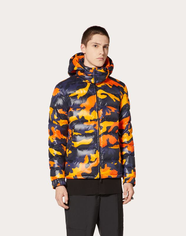 CAMOUFLAGE HOODED PUFFER COAT