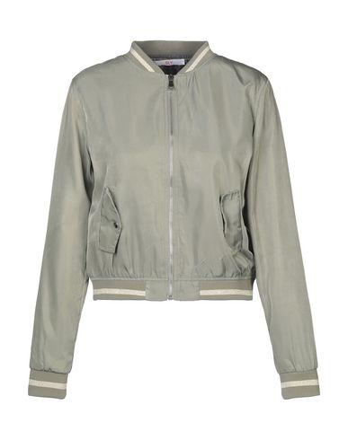 Куртки Sly
