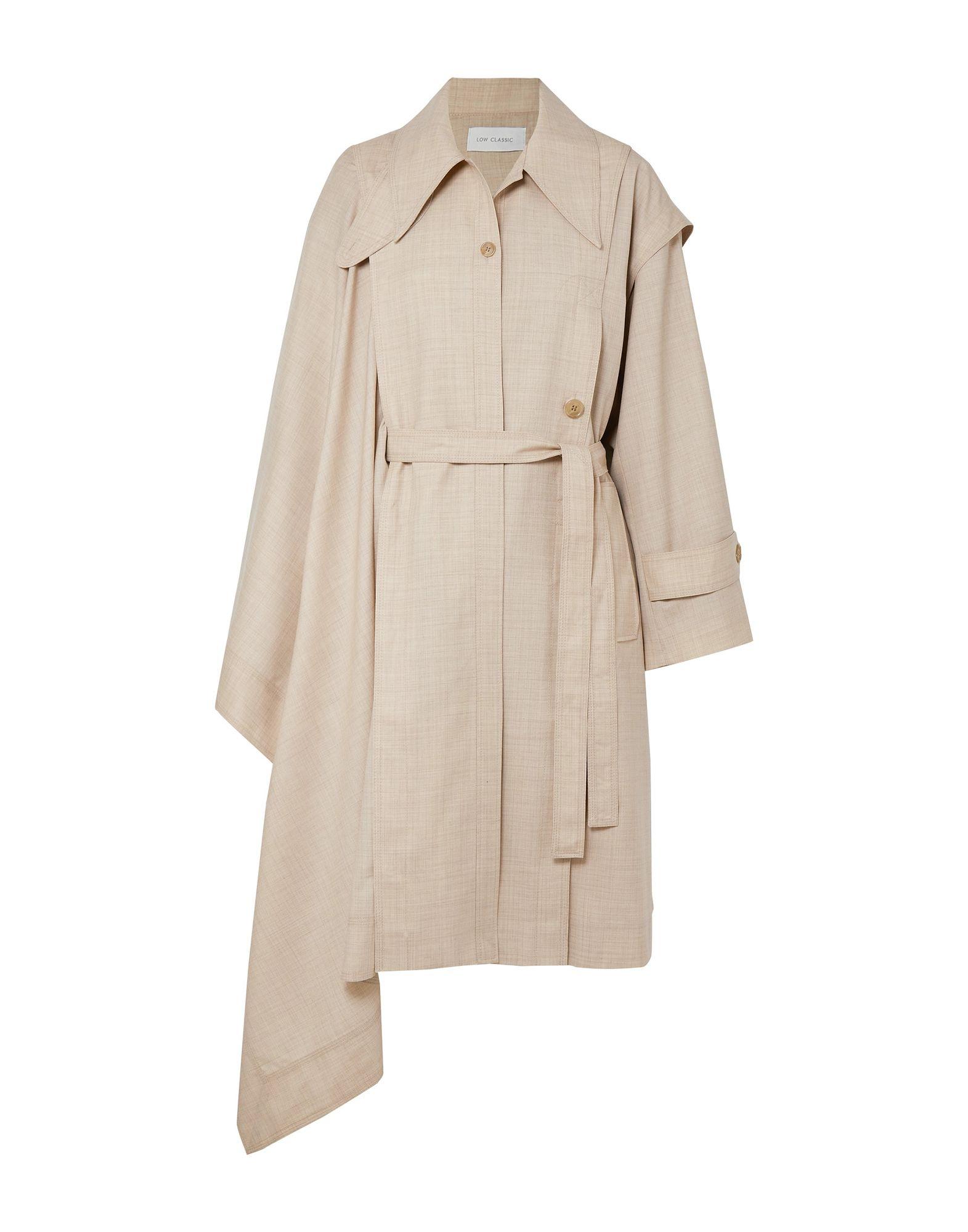 цена LOW CLASSIC Легкое пальто онлайн в 2017 году