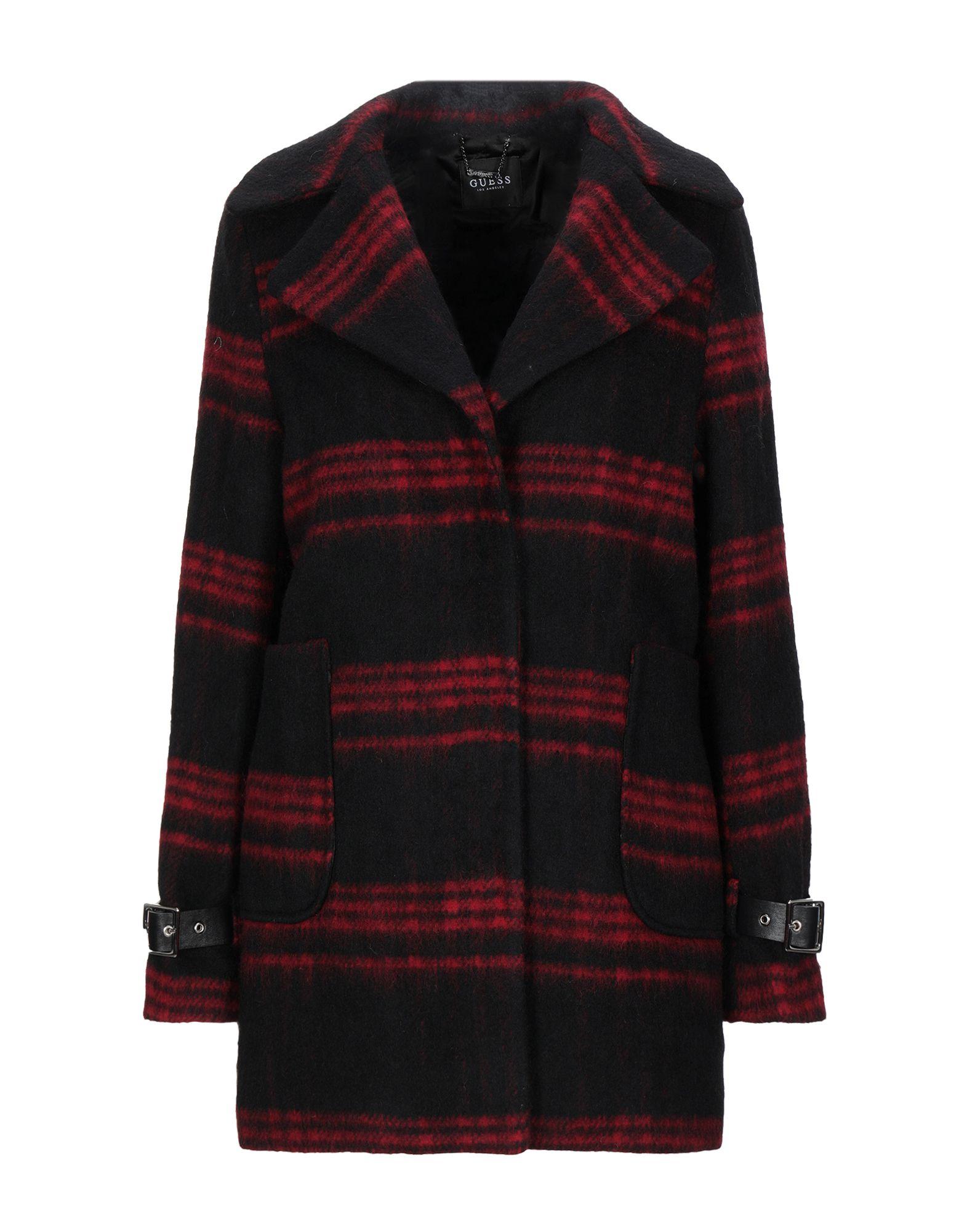 GUESS Пальто