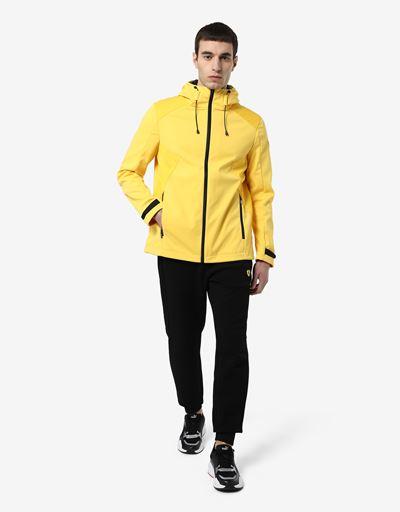 Мужская куртка из Softshell с системой Fit System