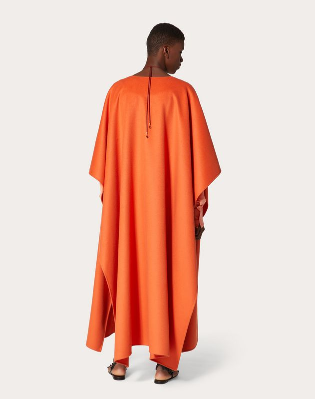 Light Drap Cape