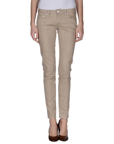 Foto FRED PERRY Pantaloni jeans donna