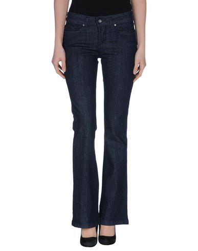 Джинсовые брюки от AKÈ