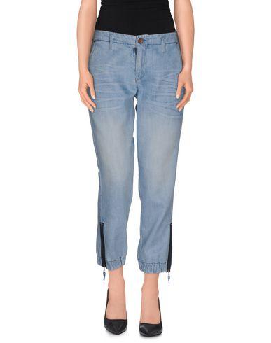 Foto GUESS Pantaloni jeans donna