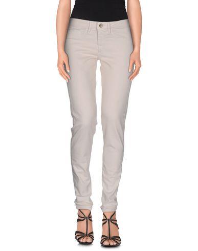 Джинсовые брюки FRED PERRY 42464403LP
