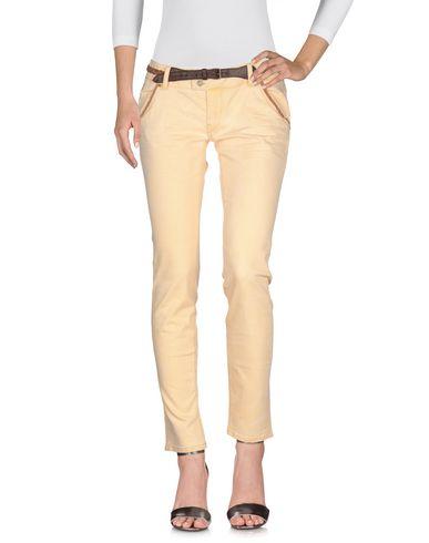 Фото 2 - Джинсовые брюки цвет абрикосовый