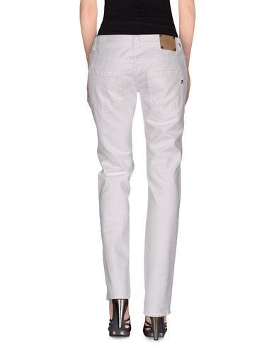 Фото 2 - Джинсовые брюки от DONDUP STANDART белого цвета
