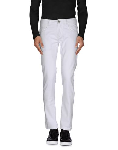 Фото - Джинсовые брюки от ONE SEVEN TWO белого цвета