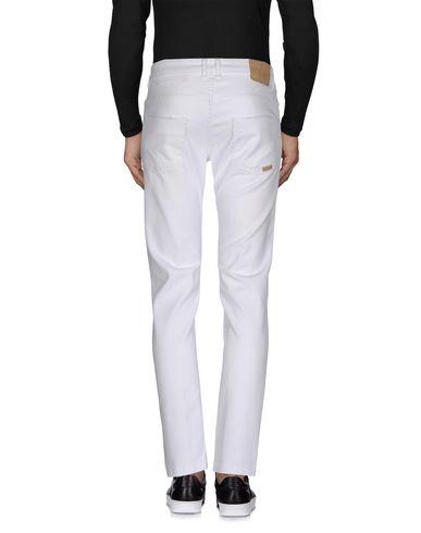 Фото 2 - Джинсовые брюки от ONE SEVEN TWO белого цвета
