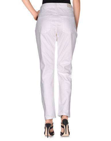 Фото 2 - Джинсовые брюки от 2ND ONE белого цвета