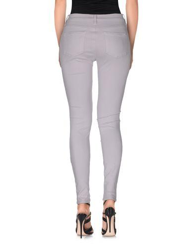 Фото 2 - Джинсовые брюки от FC JEANS сиреневого цвета