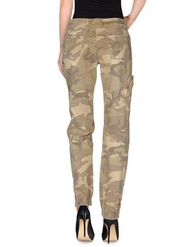 Фото 2 - Повседневные брюки от 9.2 BY CARLO CHIONNA цвет зеленый-милитари