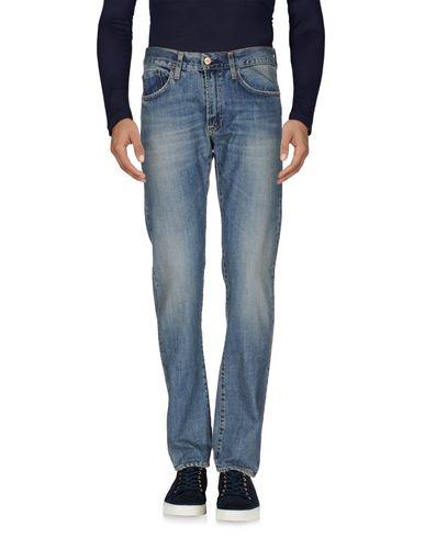 Фото - Джинсовые брюки от MISTER TAILOR синего цвета