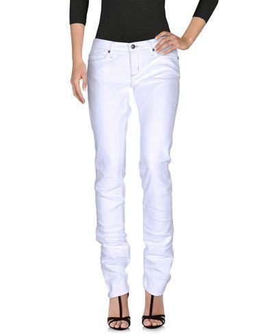 Фото - Джинсовые брюки от HABITUAL белого цвета