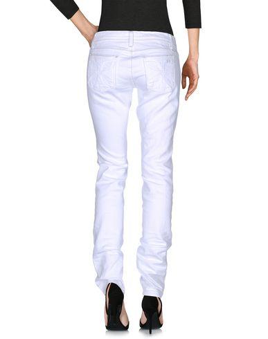 Фото 2 - Джинсовые брюки от HABITUAL белого цвета