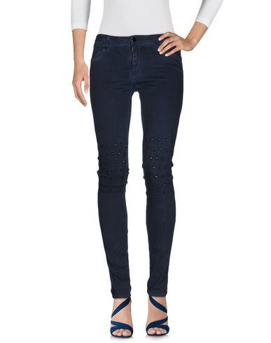 Фото - Джинсовые брюки от BROCKENBOW синего цвета