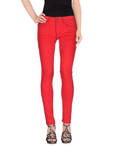Купить Джинсовые брюки от MAISON CLOCHARD красного цвета