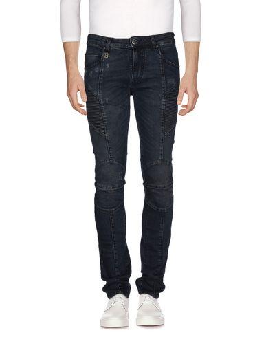 Джинсовые брюки PIERRE BALMAIN 42553833IF