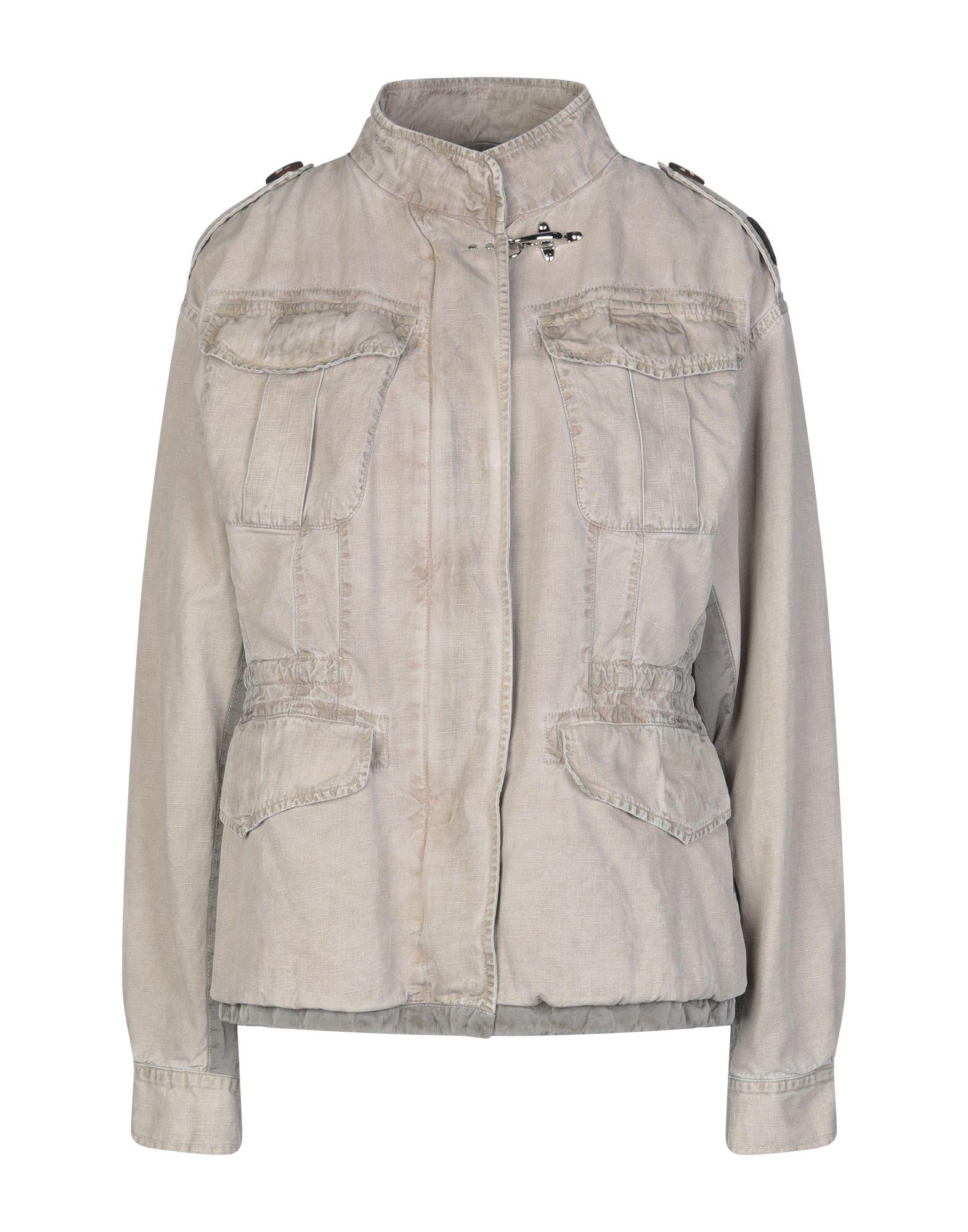 цены на FAY Джинсовая верхняя одежда в интернет-магазинах