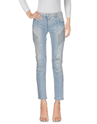 Джинсовые брюки PIERRE BALMAIN 42569595OE