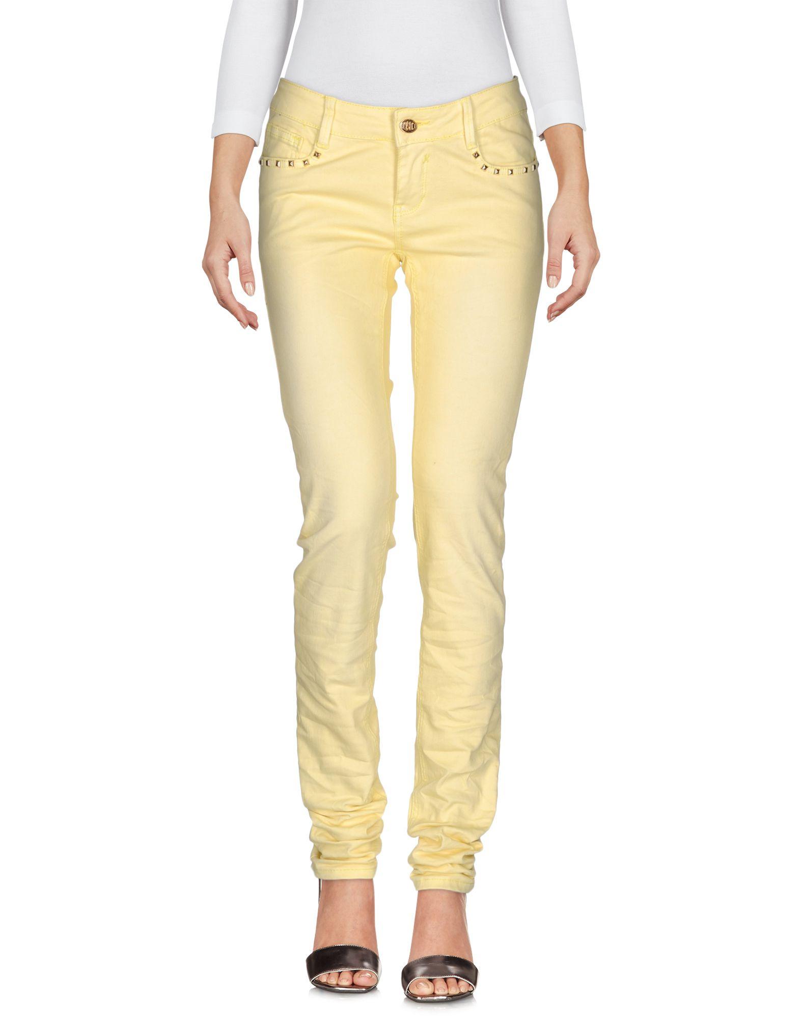 где купить  CUSTO BARCELONA Джинсовые брюки  по лучшей цене