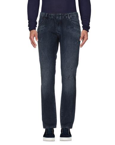 Джинсовые брюки PIERRE BALMAIN 42585716DV