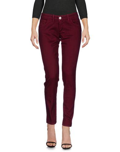 Купить Джинсовые брюки красно-коричневого цвета