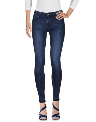 Джинсовые брюки CHEAP MONDAY 42586795EP