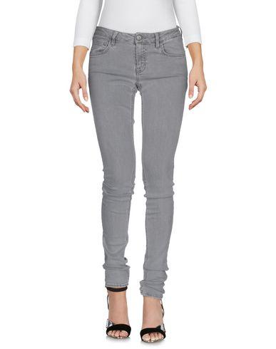 цена  P.L.S.  PLEASE ENJOY ALL SEASONS Джинсовые брюки  онлайн в 2017 году