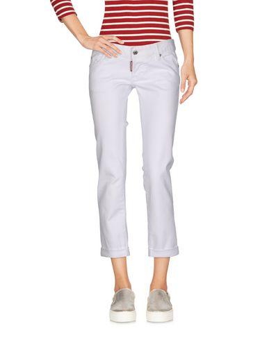 Фото - Джинсовые брюки-капри белого цвета