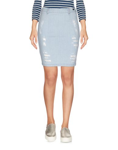 Фото - Джинсовая юбка синего цвета