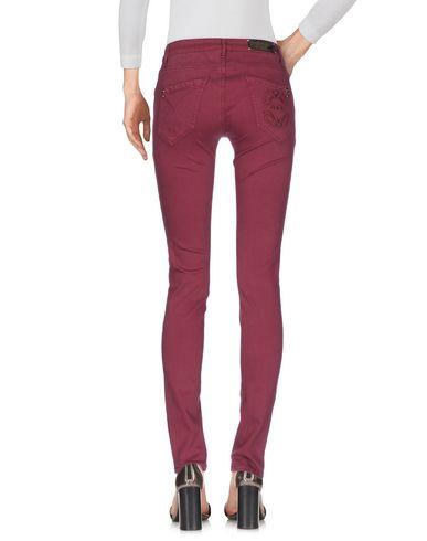 Фото 2 - Джинсовые брюки цвет пурпурный