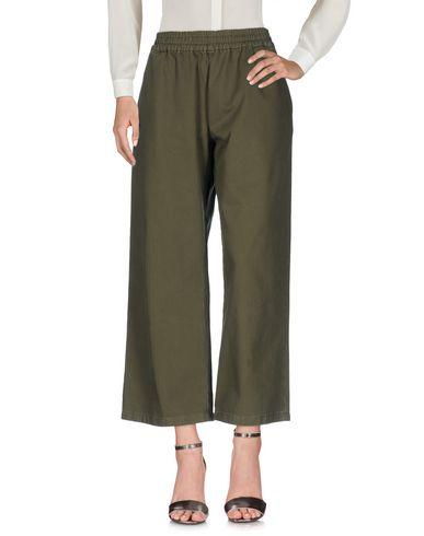 Фото - Повседневные брюки от THE SEAFARER цвет зеленый-милитари
