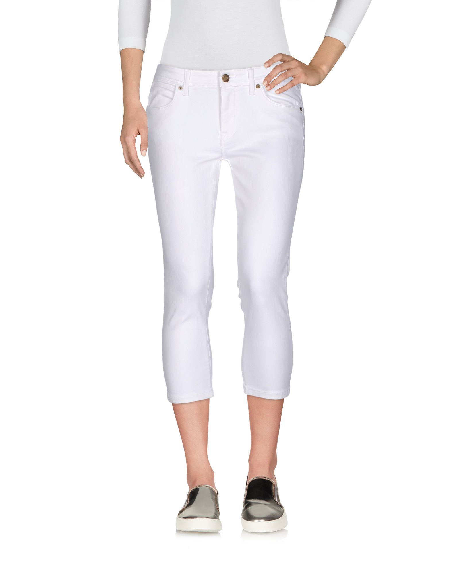 цена BURBERRY Джинсовые брюки-капри онлайн в 2017 году