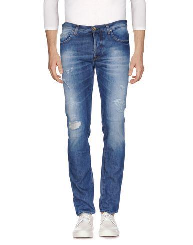 Фото - Джинсовые брюки от AGLINI синего цвета
